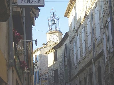 The Languedoc Page - towns & villages : Calvisson